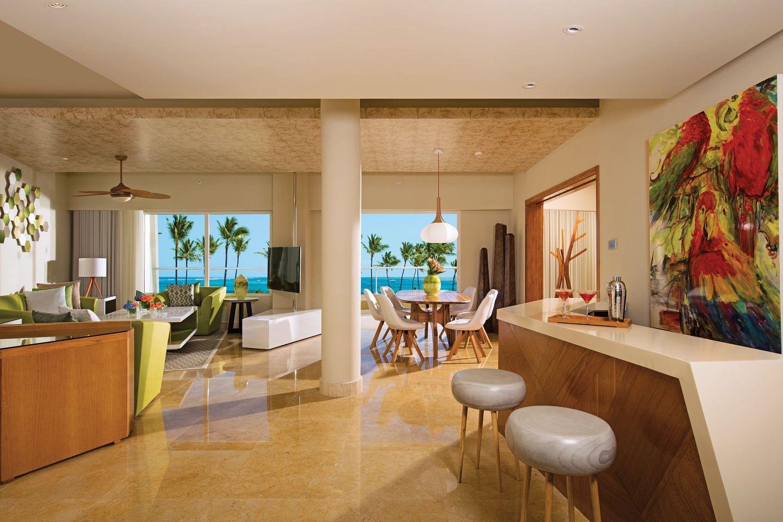 Preferred Club Ocean Front Presidential Suite
