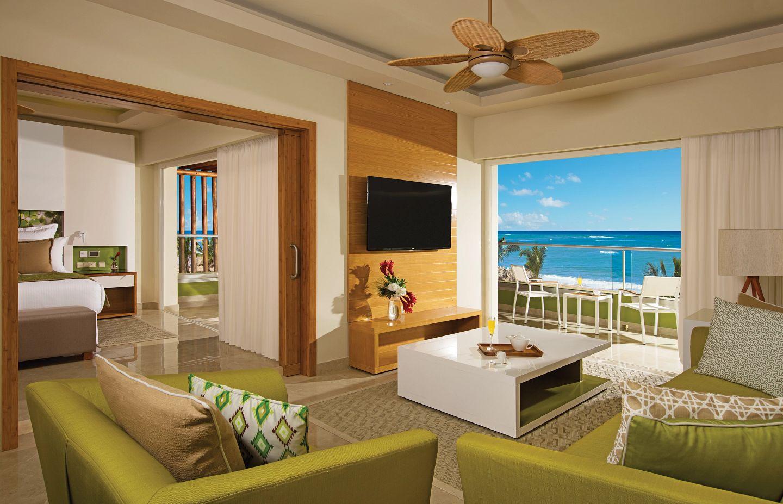 Preferred Club Ocean Front Governor Suite