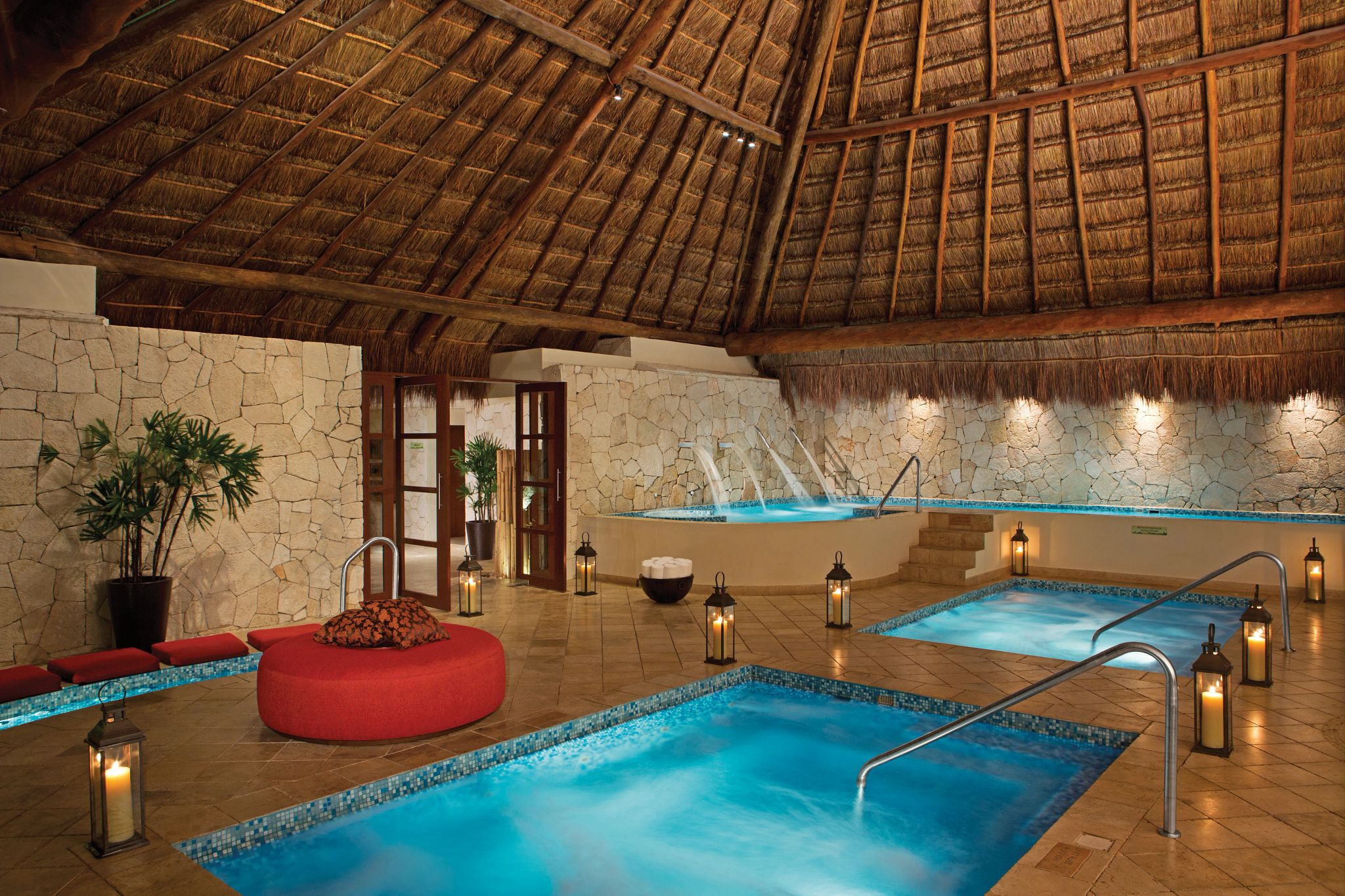 spa Hydrotherapy circuit lit by candles
